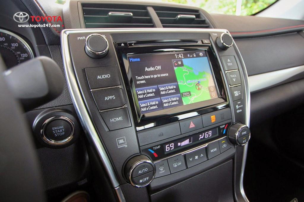 camry 2015 toyota tan cang 6 1024x680 -  - Toyota Camry 2015 - Giữ vững ngôi vị số 1