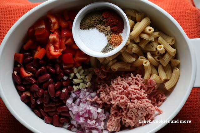 Chili-con-Carne-Gratin mit Penne