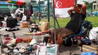 Negara Maju Singapura Ternyata Ada Pasar LOAK Mirip Taman Puring Jaman Dulu