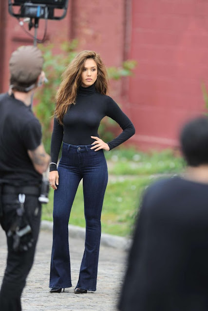 Jessica Alba – Shooting a denim campaign in New York City
