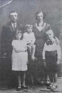 Michalakowie:Władysława, Antoni, Józio, Henio - lata 30' XX w.