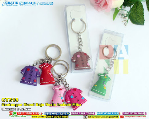 Gantungan Kunci Baju Resin Include Mika