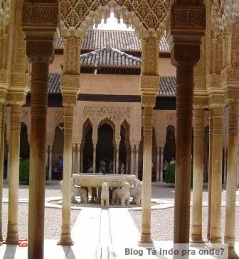Patio de los Leones, na Alhambra
