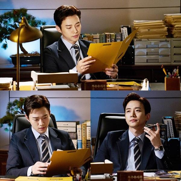 "Tim produksi drama KBS2 ""Chief Kim"" merilis foto-foto Lee Joon-Ho 2PM dalam karakter Seo Yool."