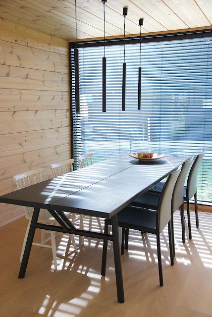 woody ruokapöytä hakola musta