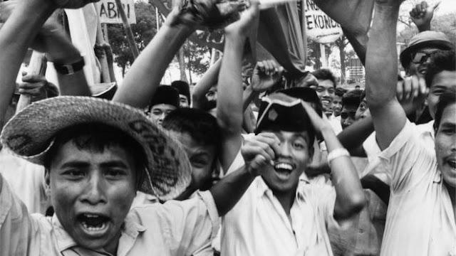 Nobar Film G30s/PKI Yang Digagas Panglima TNI, Pak Jokowi Tidak Permasalahkan Hal Itu, Namun..