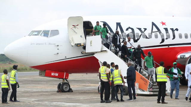 Max Air conveys Super Eagles on first International Flight to Asaba as Governor Okowa receives team