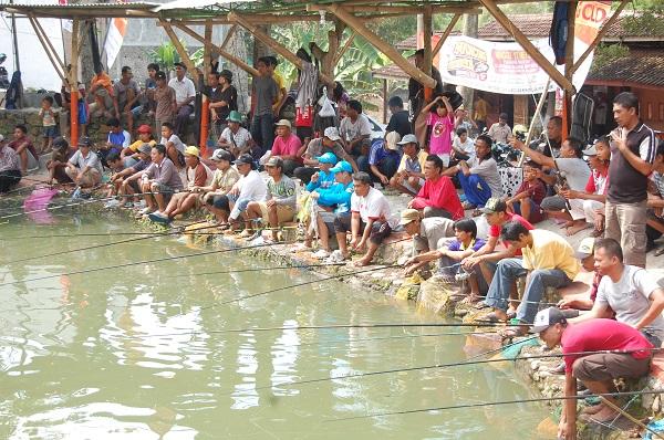 Cara Memancing Di Kolam Paling Jitu Resep Umpan Ikan