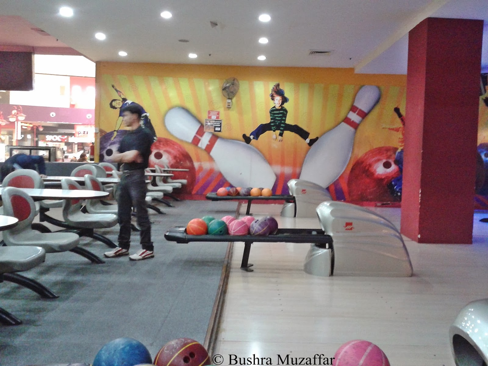 Bowling Alley at F123 TGIP Noida