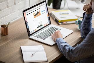 Daftar topik (niche) blog yang paling sering dicari oleh banyak orang