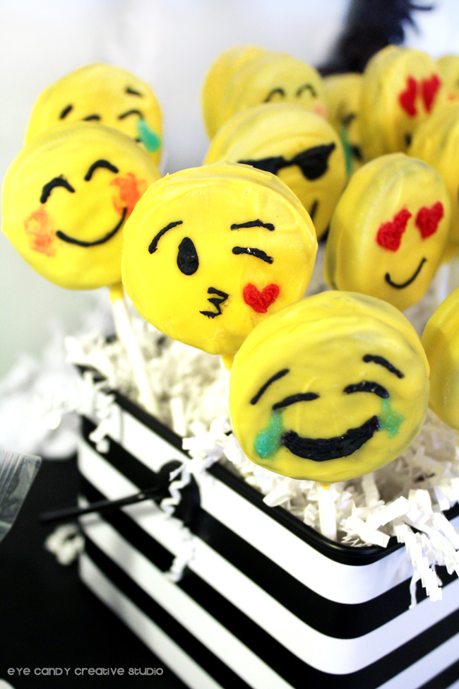 black & white stripe, emoji Oreo pops, kissing face emoji pop, emoji party