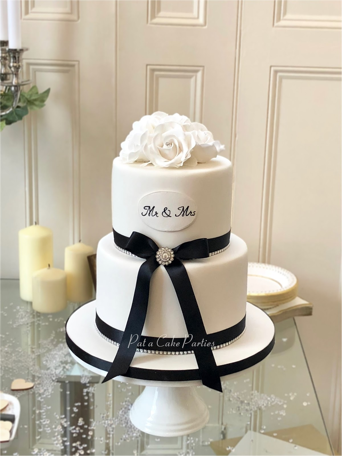 Pat-a-Cake Parties: Wedding Cake