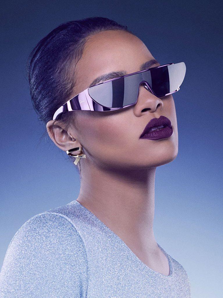 Rihanna Lança Coleção de Óculos de Sol Para a Dior ... e eu não ... 4dba418ba7