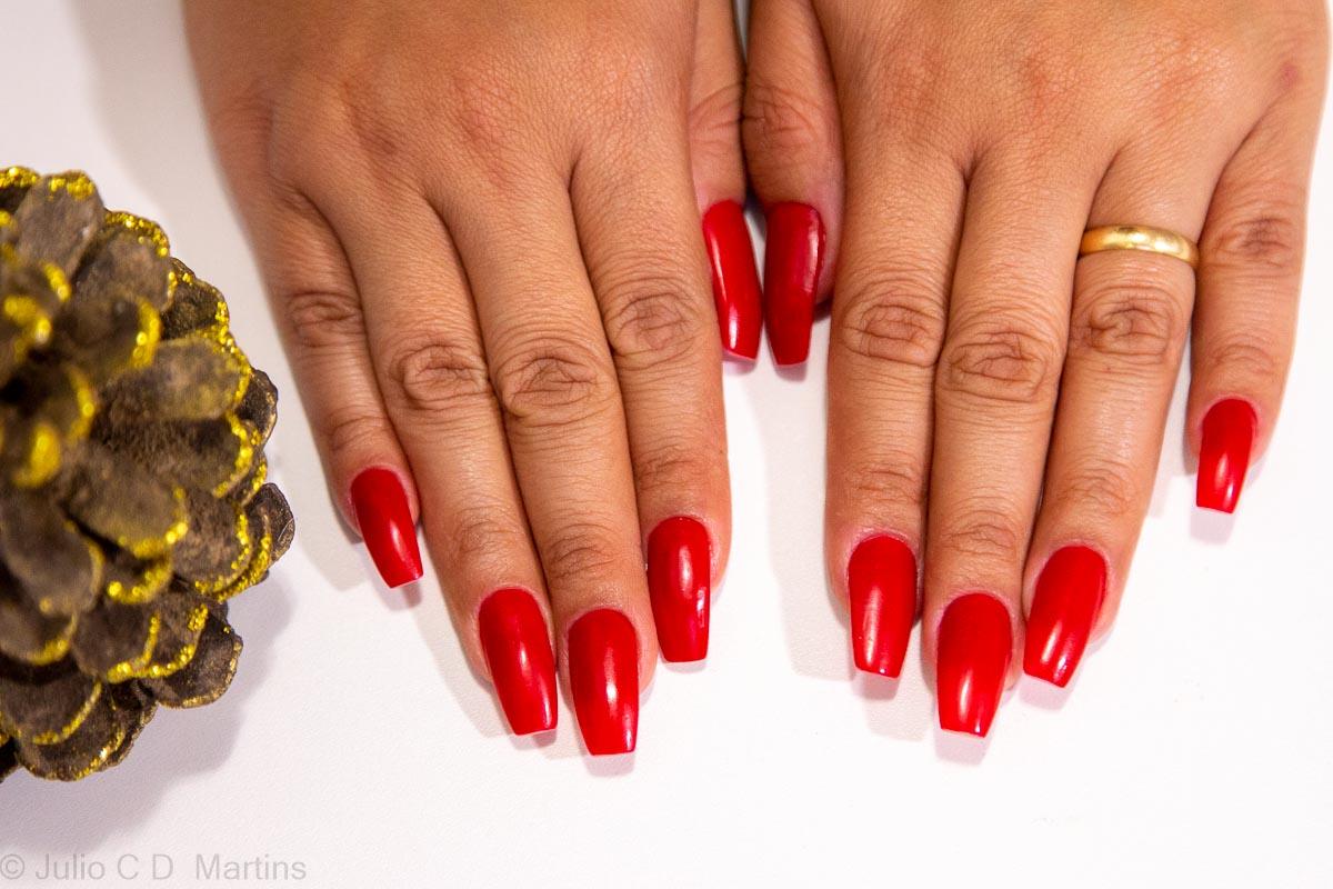 Esmalte vermelho para o Natal: Vip Style com alongamento em acrílico