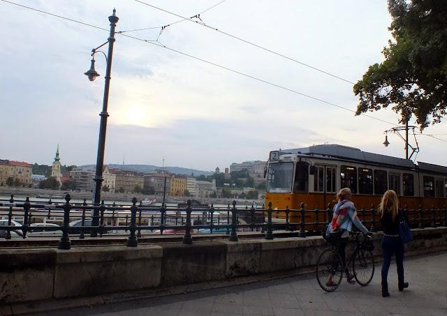 Tranvía amarillo de Budapest