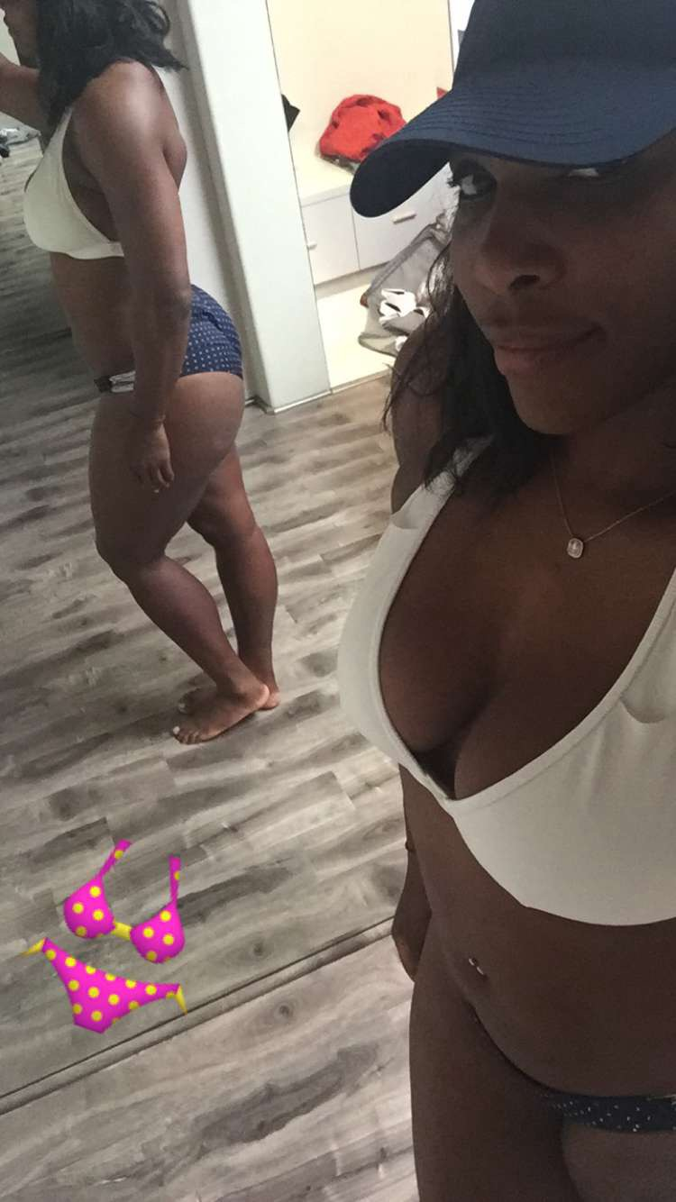 Serena Williams gets more Raunchy in white Bra and Blue dotted Bikini