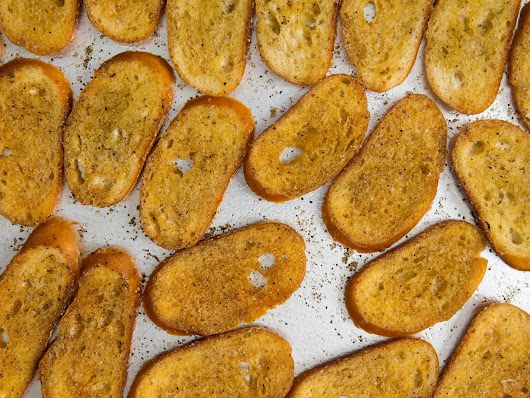 These Toasted Baguette Croutons Are usually Greater than Most Crackers
