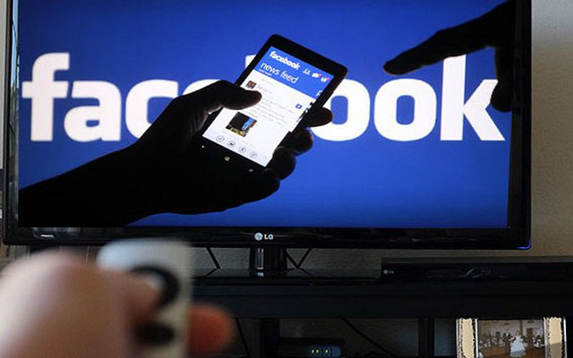 Facebook Tasting on way to charge for reading news articles free