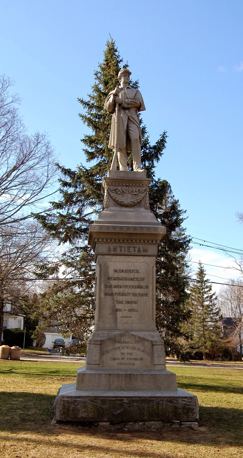Civil War Monument - 'single soldier' The Men of Franklin