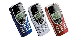 spesifikasi Nokia 8210
