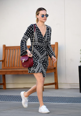 Margot Robbie – Out in Beverly Hills
