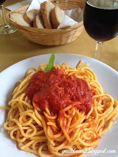 spaghetti chiatarra bolognano abruzzo guia roma portugues - Santo de casa não faz milagre - Joseph Beuys em Bolognano