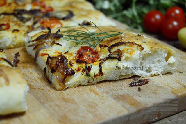 Focaccia ~ Focaccia with Cherry Tomatoes & Caramelized Onion
