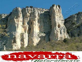 213 Cueva de San Prudencio Sierra Lókiz Monumento Pétreo Singular     www.casaruralurbasa.com  -    La Cueva de San Prudencio, está ubicada en la Sierra de Lókiz, en  Navarra y es un Monumento Pétreo  Singular.