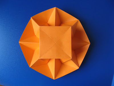 Origami Vaso stella, vista dal basso - Star Vase, bottom view by Francesco Guarnieri