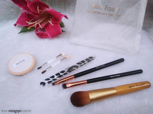 Pincéis e Acessórios para Maquiagem - Miss Frandy