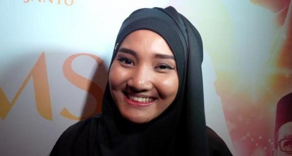 "Diberitakan Meninggal Dunia, Fatin Shidqia Lubis Berikan Penjelasan ke "" Netizen """