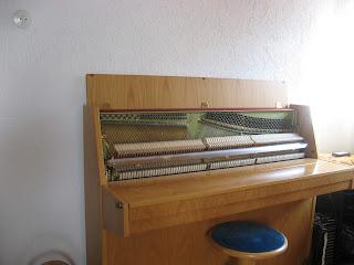 Klavier in einer Würzburger Musikschule