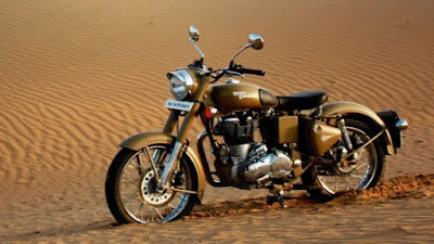 Latest Royal Enfield Classic 500 Desert Storm front look