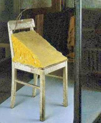 Artplastoc 172 la nourriture dans l 39 art contemporain 1 - Chaise art contemporain ...