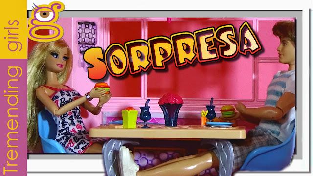 Barbie y Ken - Cena en la Casa Barbie Dreamhouse con sorpresa final