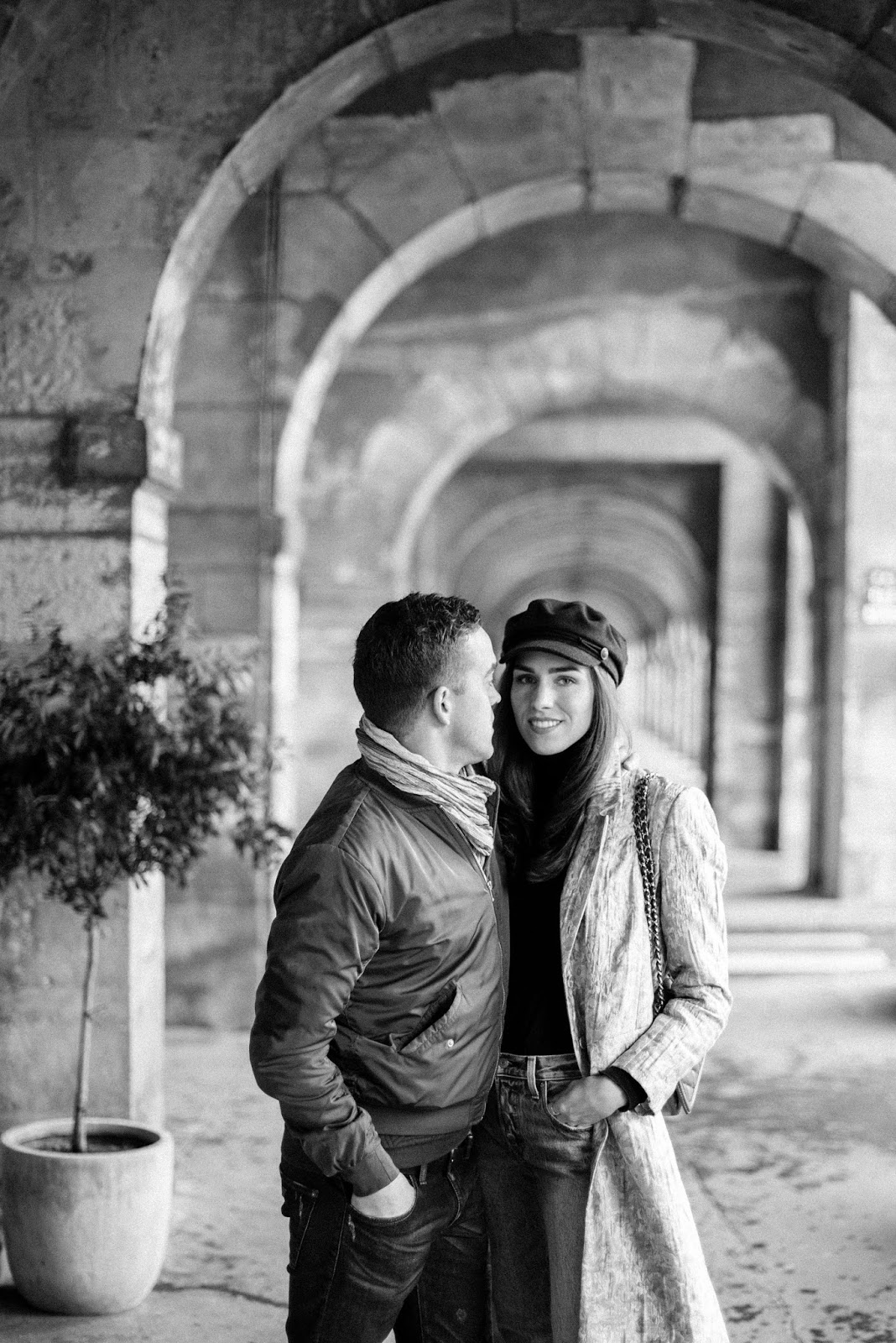 couple photo black white