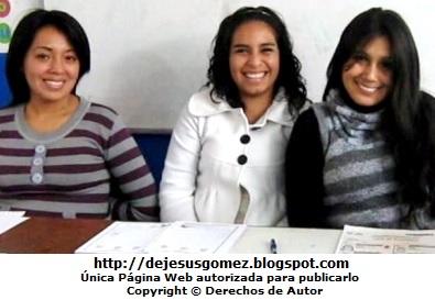 Sonrisas de mujeres. Foto de sonrisa tomada por Jesus Gómez