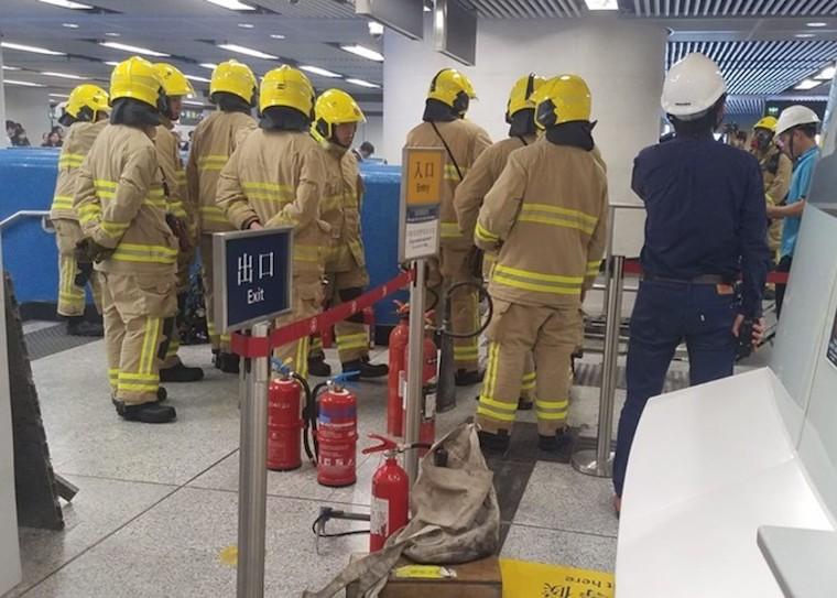 Eskalator Keluarkan Asap di Stasiun MTR Admiralty