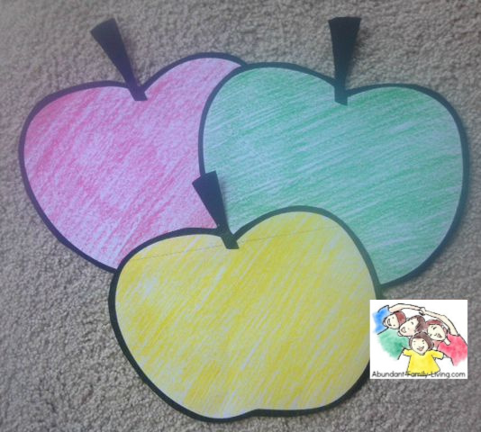 Apple Sorting Activity for Preschoolers