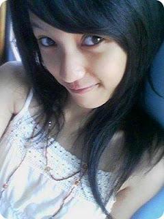 Foto Hot Cewek SMA Cantik Lagi Narsis   Kumpulan Foto Abg
