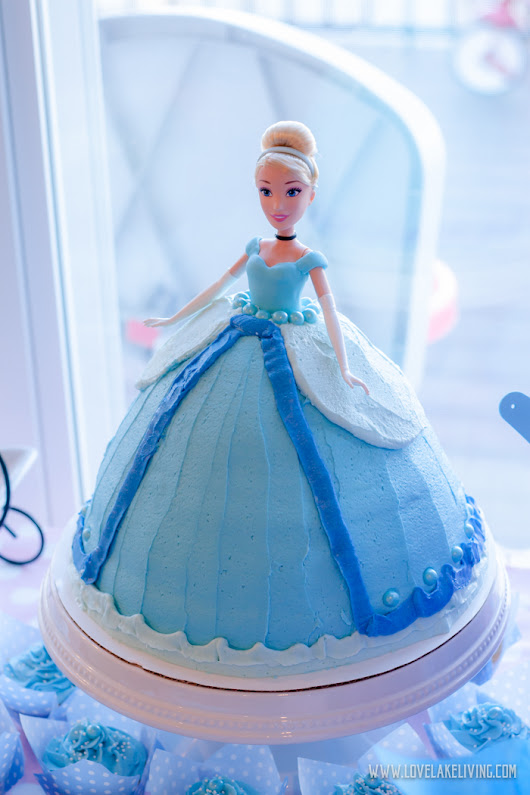 a toddler's cinderella birthday party