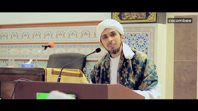 Habib Ali: Banyak Orang Menggunakan Agama untuk Menipu