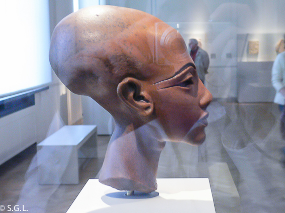 Busto de Princesa Amarna. El museo nuevo de Berlin