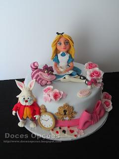 Bolo de aniversário Alice no País das Maravilhas