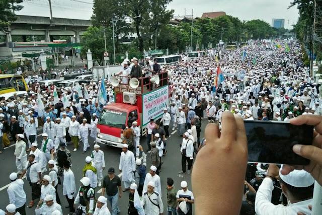 Diterpa Isu Terima Kucuran Dana Rp 10 Miliar, FPI: Demo Kami Murni Membela Agama dan Aqidah!