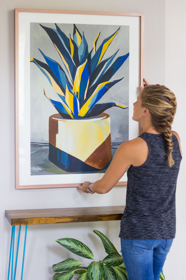 How to pick a great piece of art for your home! #minted #mintedart #foyerideas