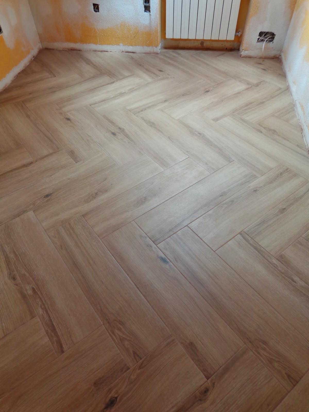 Baldosassa suelos porcel nicos imitacion madera - Suelo imitacion madera ...