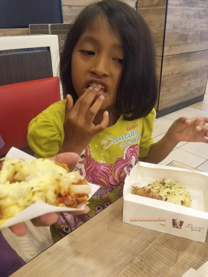 Chizza Dari KFC Memang Sedap