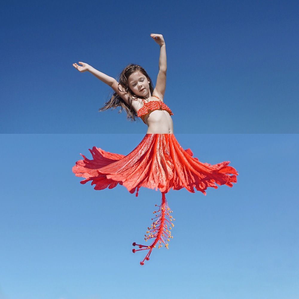 05-5-Year-Old-Hibiscus-Stephen-Mcmennamy-Mash-up-Photographs-with-Combophotos-www-designstack-co