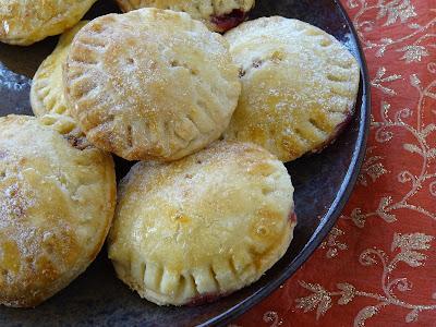Mini pies with jamun jam